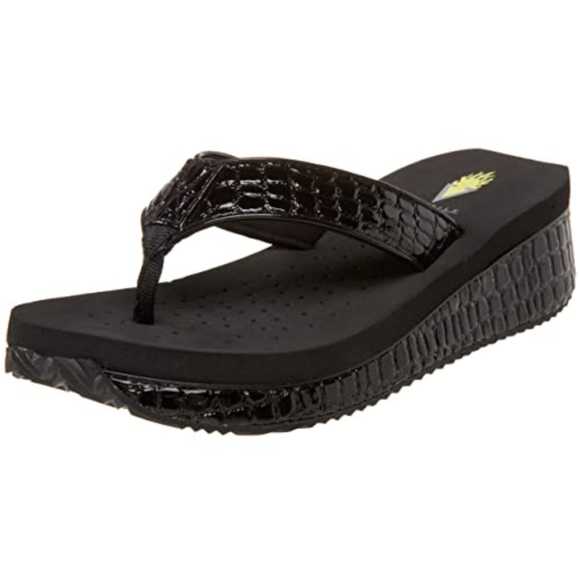 Volatile mini croc black wedge thong sandal size 8